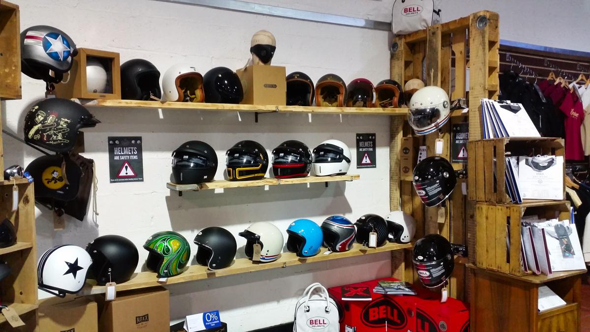 LR BELL alba-helmets