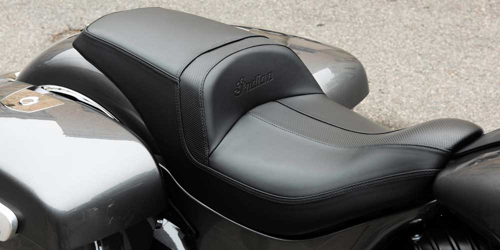 2019 Chieftain New Gunfighter Seat