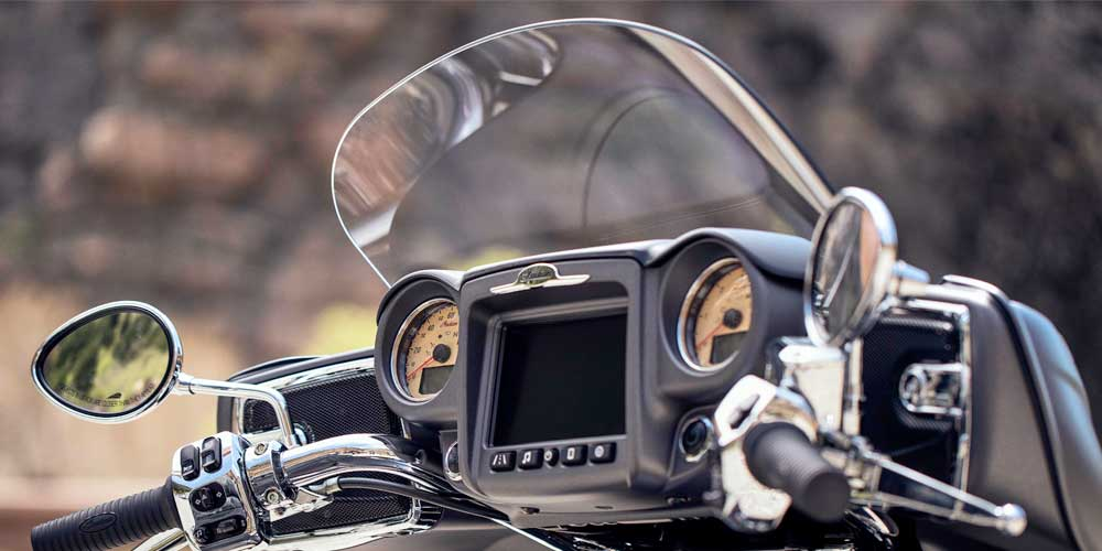 2019 Roadmaster Power Windshield