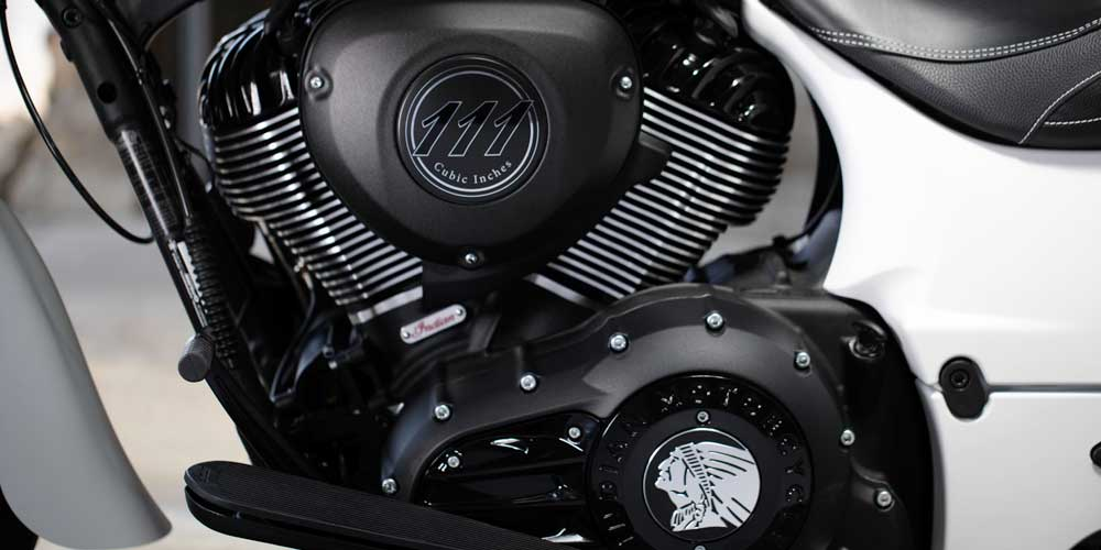 2019 Springfield Dark Horse Powerful Thunder Stroke 111 VTwin Engine